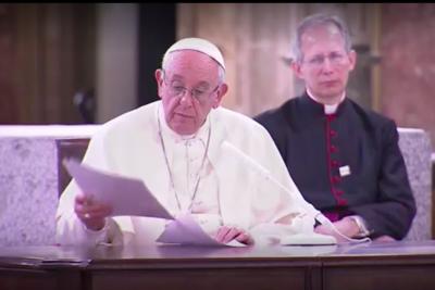 """Papa a los religiosos por casos de abuso: """"Ir vestido de cura se está pagando caro"""""""