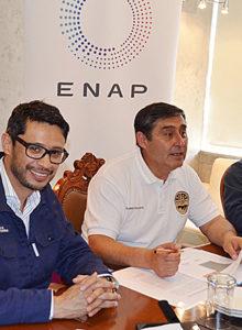 Bomberos de Quintero y ENAP firman acuerdo para afrontar incendios forestales y otros siniestros