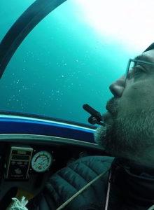 Javier Bardem desciende al fondo del océano Antártico para pedir su protección