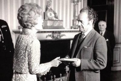 Nicanor Parra y el té en la Casa Blanca (con Nixon a la cabeza y en plena guerra de Vietnam)