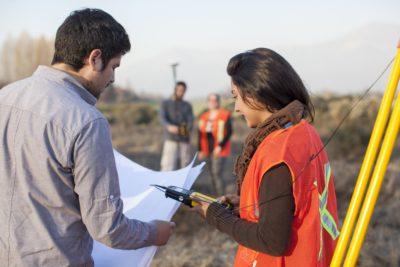 """Denisse Sandoval, Técnico en Geomática: """"Duoc UC fortalece el desarrollo profesional de sus estudiantes"""""""