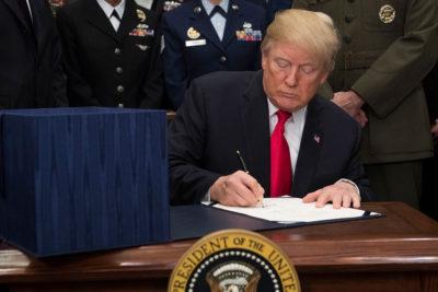 Donald Trump levanta restricciones a refugiados de 11 países