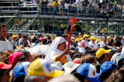 Las diferencias entre Francisco y Juan Pablo II según el canciller Muñoz