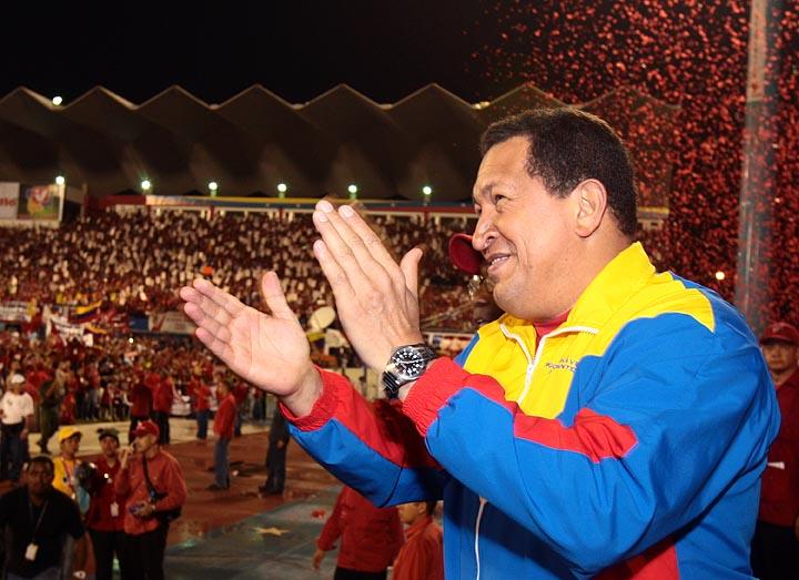 """""""Hugo Chávez resucita en Twitter, a cinco años de su muerte"""""""