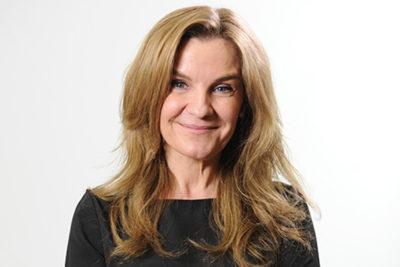 Alejandra Pérez, la periodista que asumirá Cultura tras trabajar con Luksic en Canal 13
