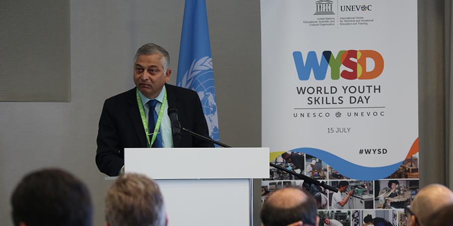 """Shyamal Majumdar, Jefe del Centro Internacional Unesco-Unevoc: """"Para Chile es crucial tener Ley de Educación Técnico Profesional"""""""
