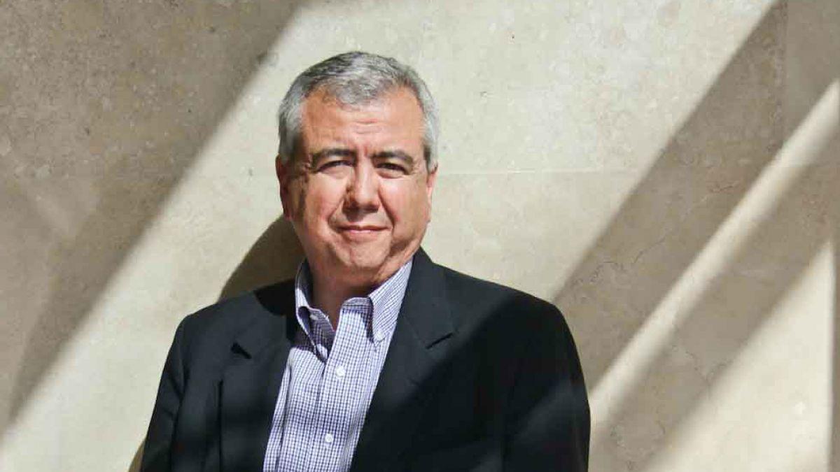 """Gonzalo Cordero, abogado UDI: """"Por atroces que fueran las violaciones a los DD.HH, torturar al torturador es mal camino"""""""