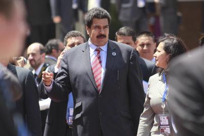 Parlamentarios se cuadran y solicitan que no se invite a Nicolás Maduro al cambio de mando
