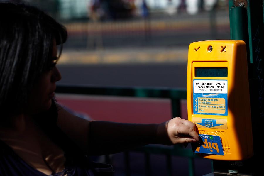 Transantiago y Metro subirán sus tarifas en 20 pesos a partir de este lunes