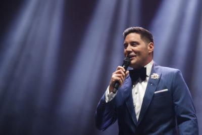 """""""Me subí al escenario contra mi voluntad"""": Pancho Saavedra denuncia ataque del equipo de Wisin en Festival de Antofagasta"""
