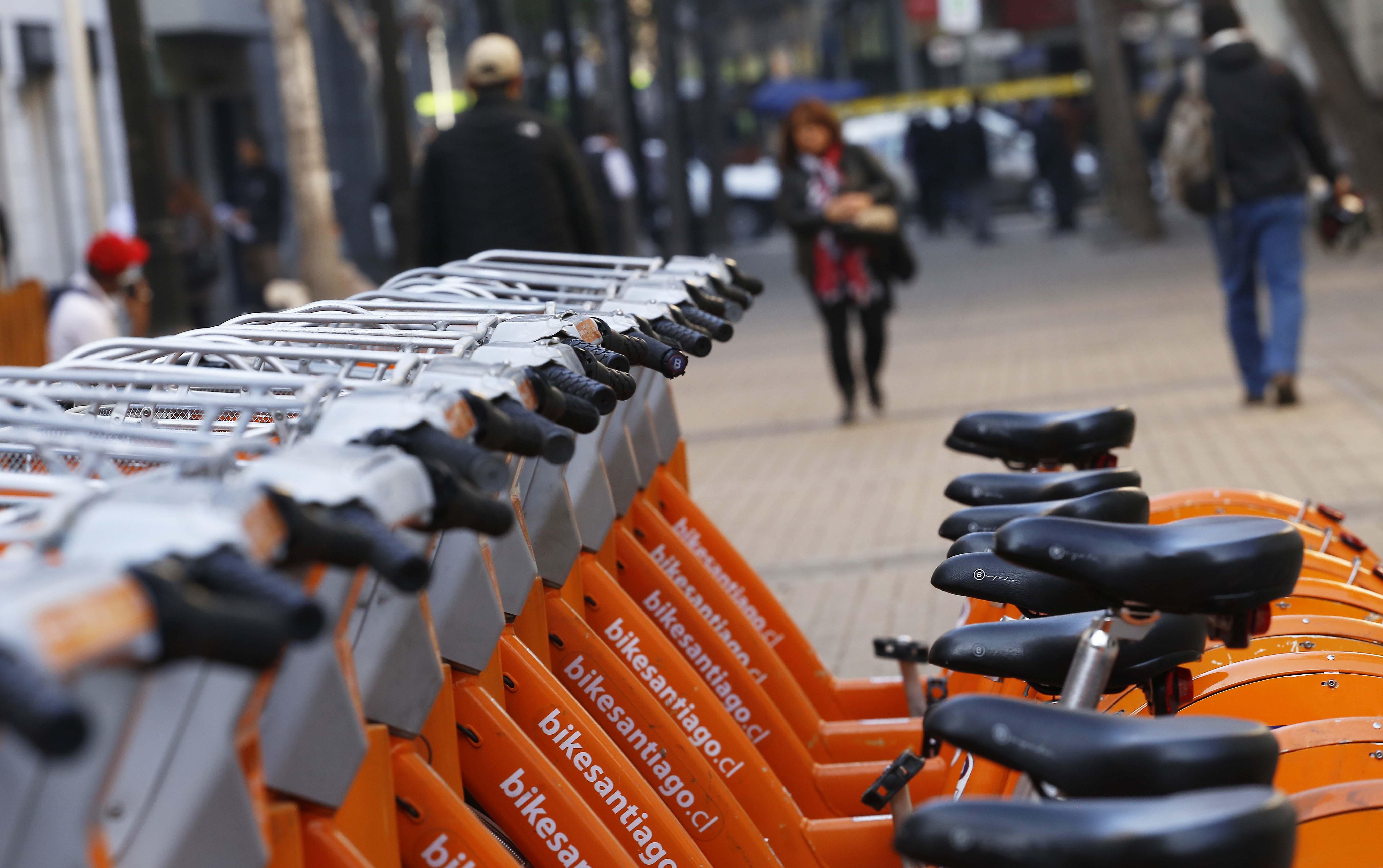 Sernac demanda a Bike Santiago por cobros indebidos, mala calidad del servicio y cláusulas abusivas en sus contratos
