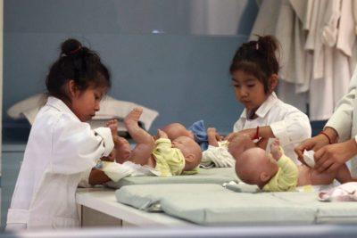 Niños venezolanos en jardines de la Junji aumentaron más de 1.600%