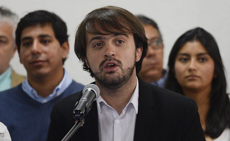 Jorge Sharp propone ordenanza para que restoranes y cafés de Valparaíso destinen espacios para amamantar