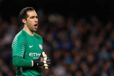 Las calificaciones de la prensa a Claudio Bravo tras humillante eliminación del Manchester City