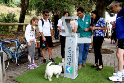 Más hidratación y menos plástico: implementan bebederos 'para todos' en Parque Metropolitano