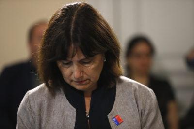 Ministra Carmen Castillo renunciará a beneficio de millonario bono antes del 28 de febrero