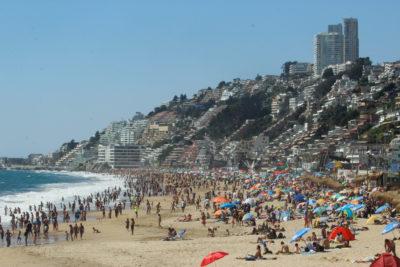Reñaca está a un paso de tener Bandera Azul y convertirse en la primera playa de Chile con certificación europea