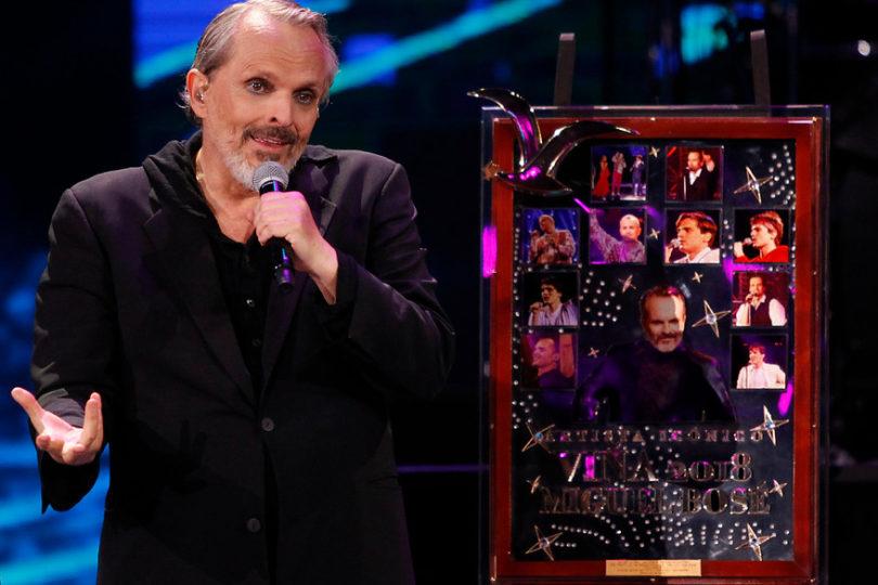 El particular regalo que recibió Miguel Bosé como Artista Icono del Festival
