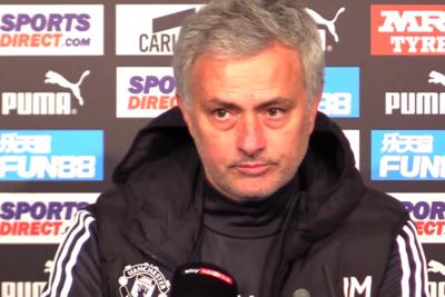VIDEO |La respuesta de Mourinho por increíble fallo de Alexis Sánchez en derrota del Manchester United
