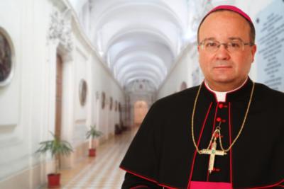 Víctimas de Fernando Karadima serán entrevistadas por obispo Scicluna