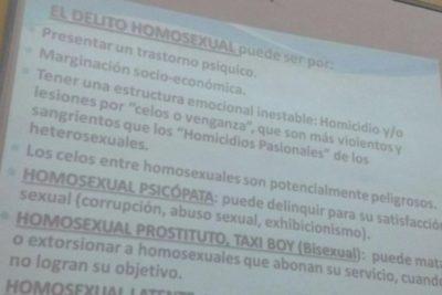 """Funan a profesora universitaria por su clase sobre """"delito homosexual"""""""