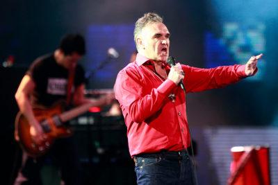 """Morrissey contraataca: """"Los locos izquierdistas modernos parecen olvidar que Hitler era de izquierda"""""""