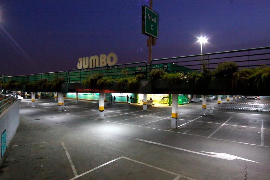 Jumbo emite alerta para frenar consumo de uno de sus productos por marea roja
