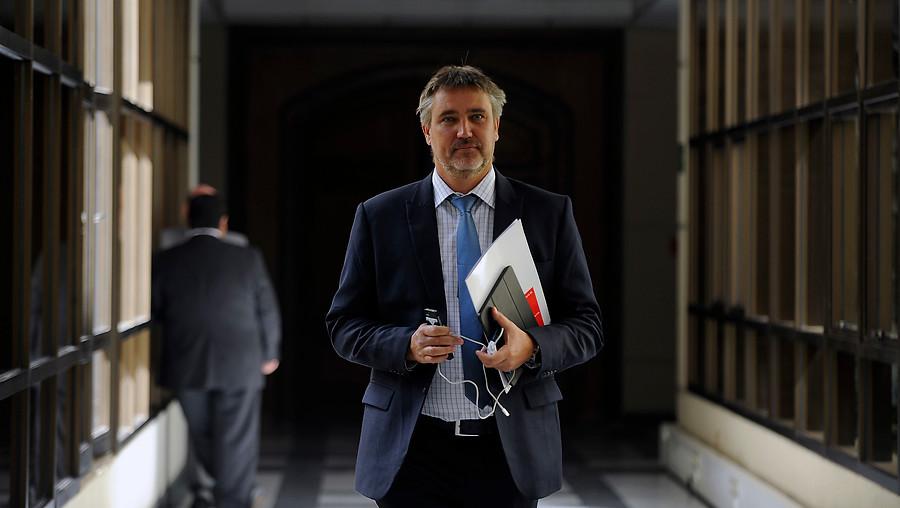 Caso SQM: Corte Suprema revoca desafuero al senador Fulvio Rossi
