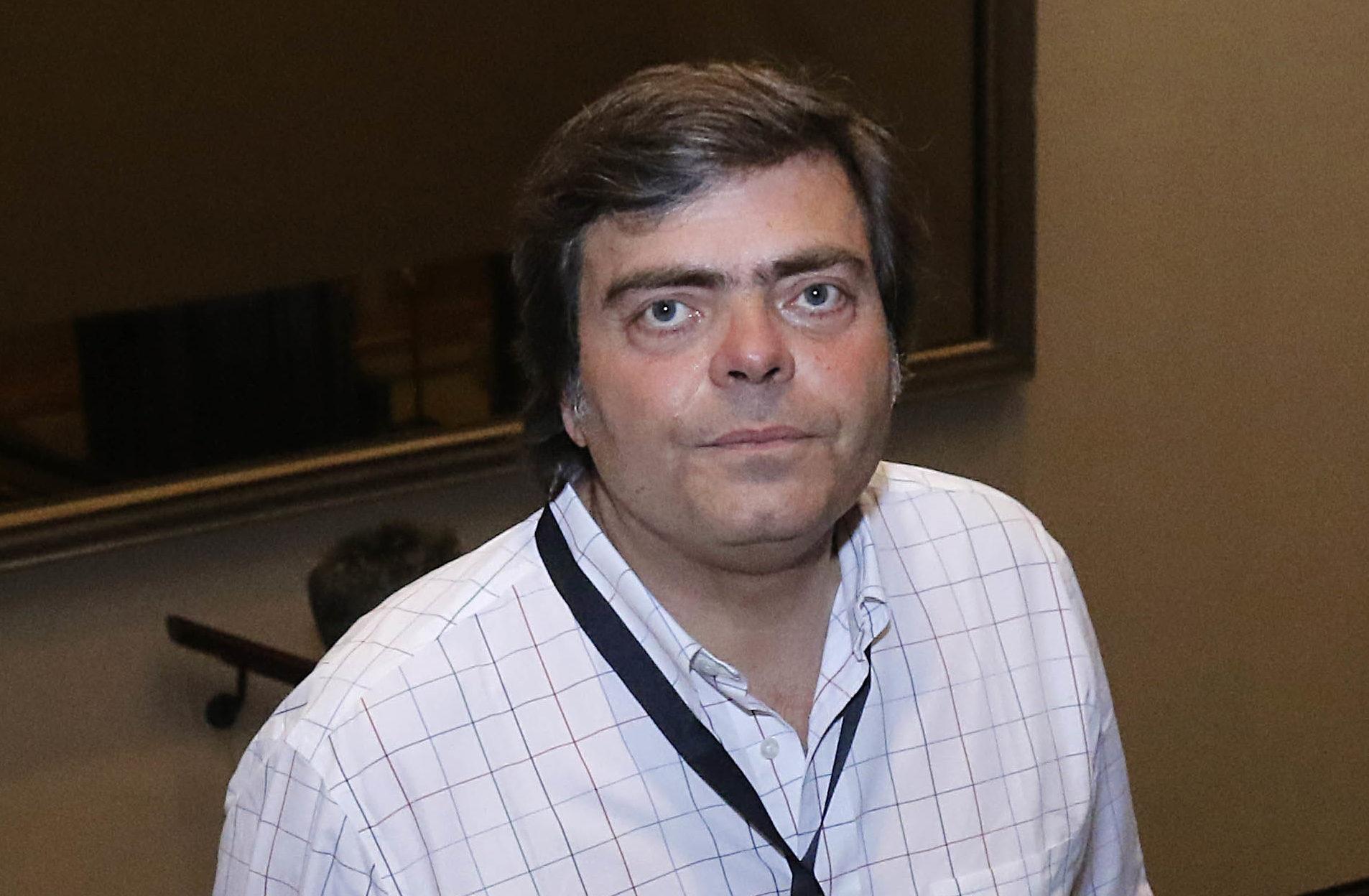 Cristián Barra, ex Estadio Seguro, se pasea por las oficinas de Avanza Chile en Apoquindo 3000