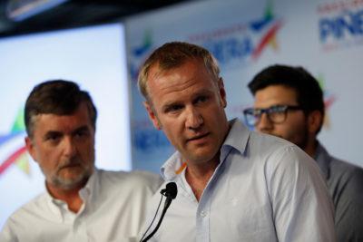 """Felipe Kast pide al Ejecutivo una """"visa democrática"""" para cubanos"""