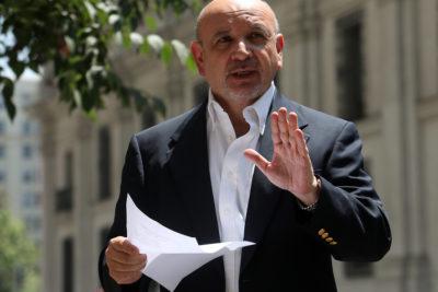 Diputado PS Juan Luis Castro sale a defender nominación de ex Fiscal Toledo como Notario