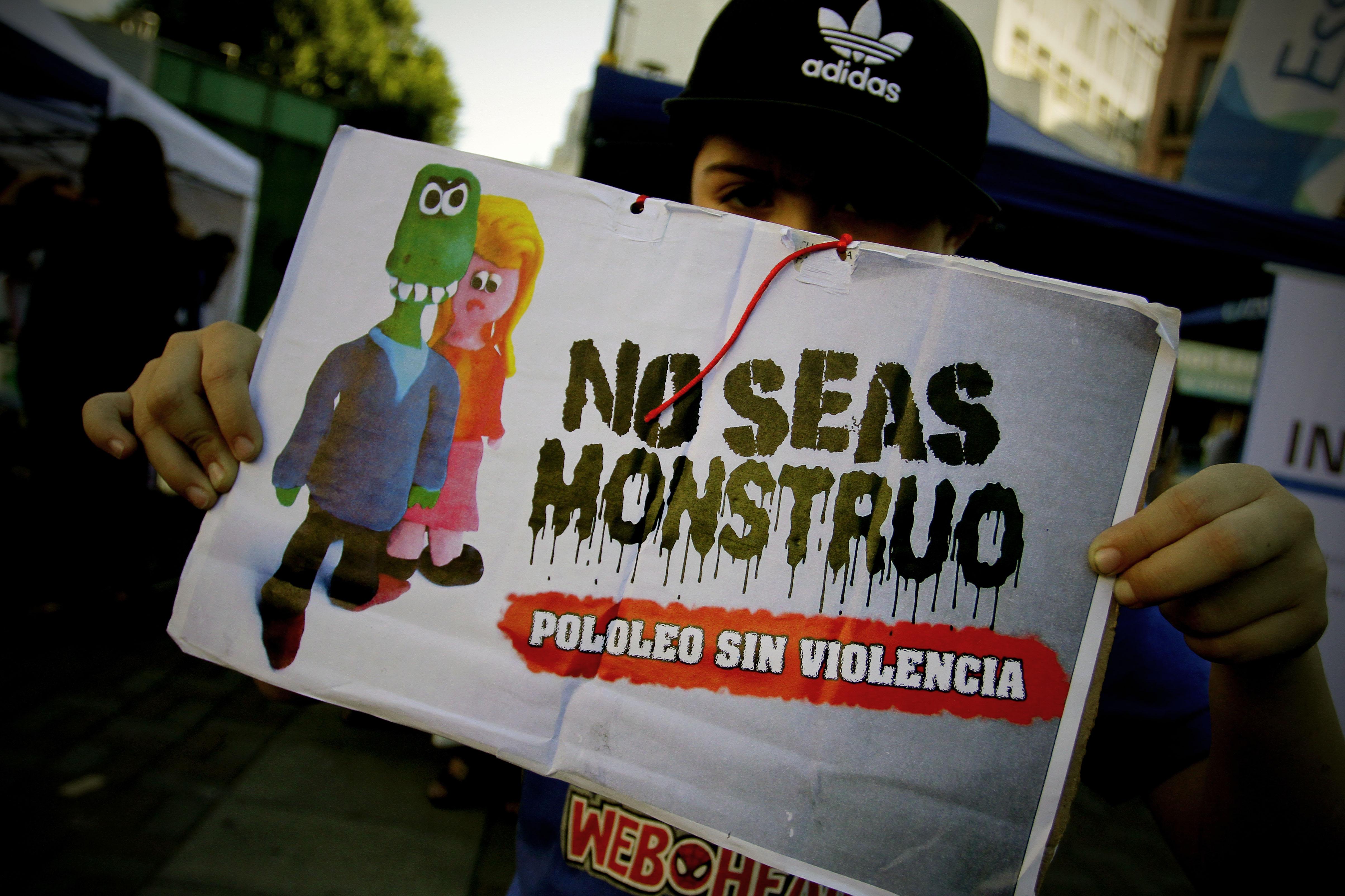 Gobierno confirma que dará urgencia a proyecto que castiga violencia en el pololeo