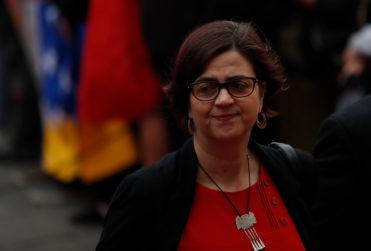 """Ex ministra Pascual tilda de """"discriminatorios"""" cambios a protocolo de objeción de conciencia"""