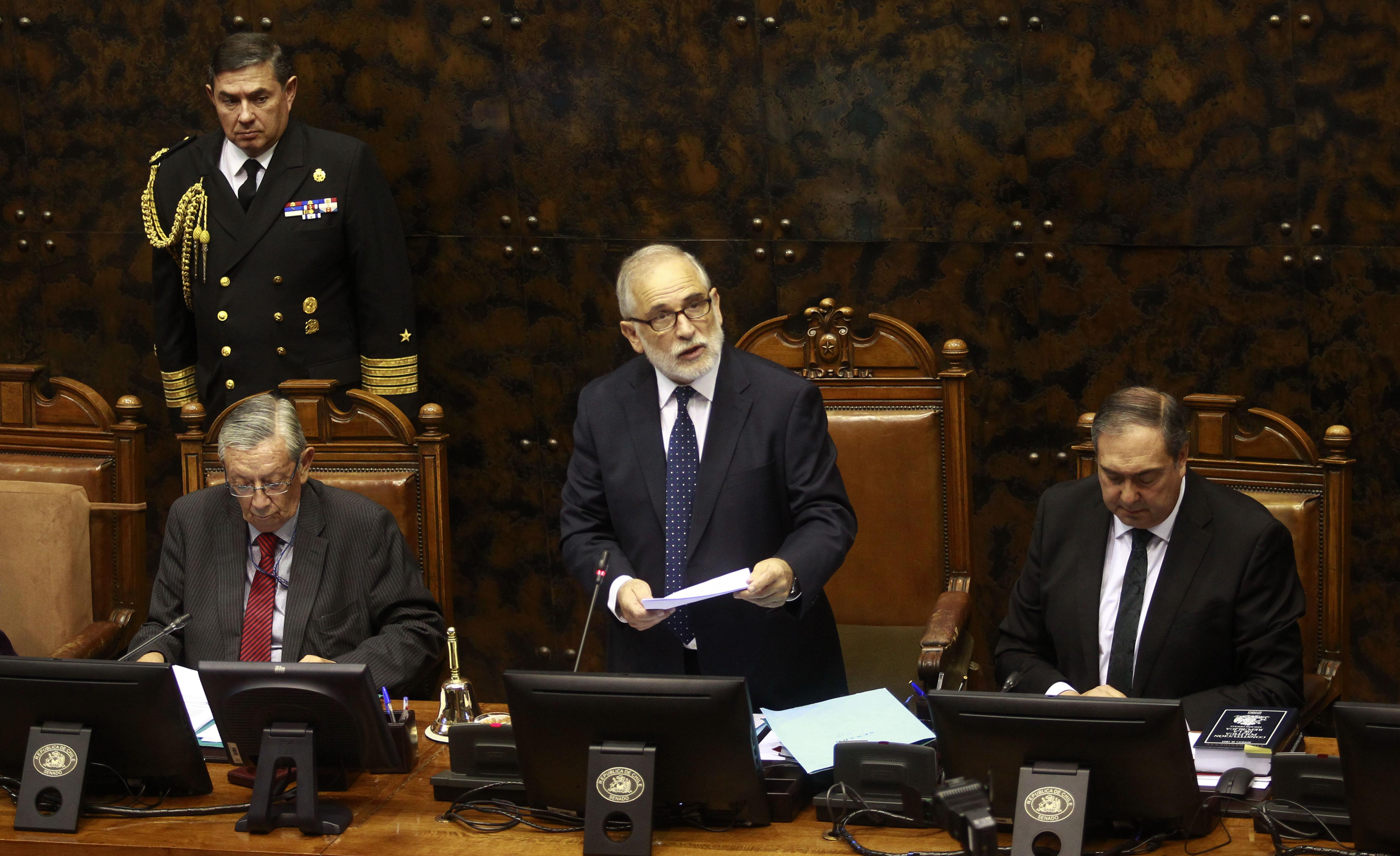 """""""Senador Montes sobre asesorías parlamentarias:"""