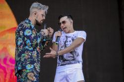 """Camila Vallejo y la comentada polera de su pareja durante show en Lollapalooza: """"Estoy muy orgullosa"""""""
