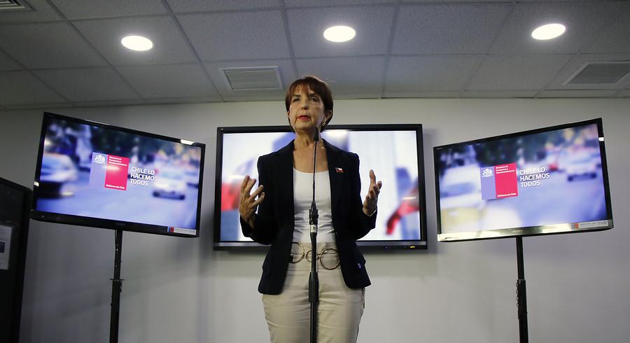 """""""Gloria Hutt descartó conflicto de interés por asesorías a empresa en fallida licitación del Transantiago"""""""
