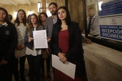 Diputados presentan requerimiento en Contraloría por modificación a protocolo del Minsal por aborto en 3 causales