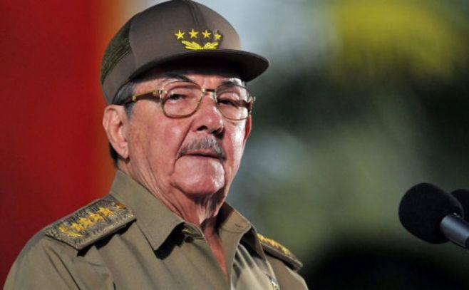 """Raúl Castro prepara el fin del """"castrismo"""": """"Hemos recorrido un largo camino y difícil"""""""