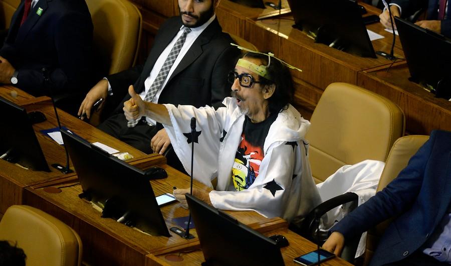 """""""Ximena Ossandón llega al Congreso con defensa a Florcita Motuda y apuntando a los delitos"""