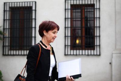 De conflictos de interés a ineficiencia: las declaraciones cruzadas de Paola Tapia y Gloria Hutt por Transantiago