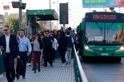 Súper Lunes: 110 mil vehículos más en hora punta