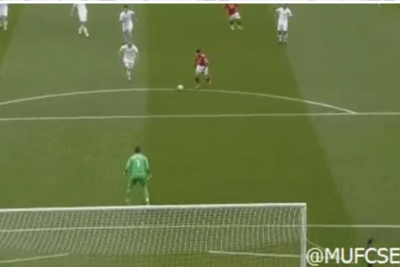 VIDEO | El golazo con que Alexis Sánchez se saca la mufa en Manchester