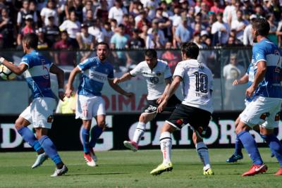"""Ampuero y el penal ante Colo Colo: """"La pelota me da en el pecho y después me roza la muñeca"""""""