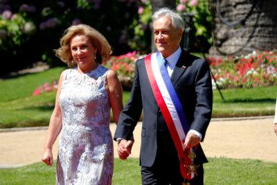 VIDEO | Guardia corrió para avisarle a Piñera que se le había caído la Piocha de O'Higgins en Cerro Castillo