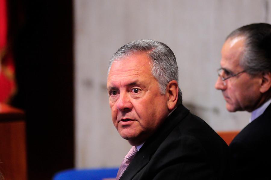 Caso Basura: Justicia ratifica sobreseimiento de ex alcalde Pedro Sabat