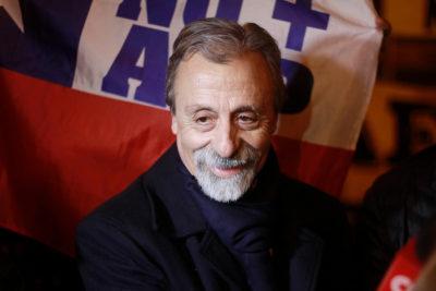 Le respondieron de todo: Luis Mesina culpó a las AFP por pensión miserable de Don Celino