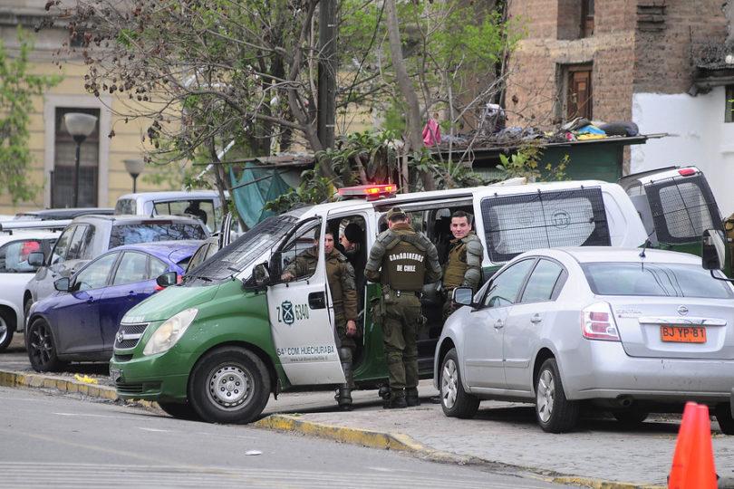Carabineros asegura que se pegó solo: INDH presenta querella por torturas contra joven en comisaría