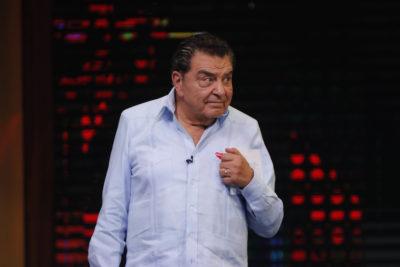 Fraude Carabineros: Don Francisco declaró ante la Fiscalía y descartó haber recibido regalo del general (r) Gordon