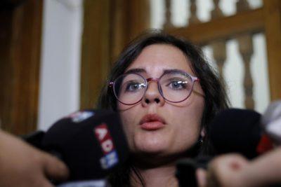 """Piñera sale a conmemorar muerte de Aylwin y diputada Vallejo lo frena en seco: """"Póngase de acuerdo"""""""