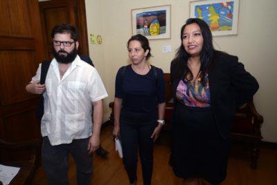 Frente Amplio acepta invitación de Piñera y se suma a la Comisión por la Infancia